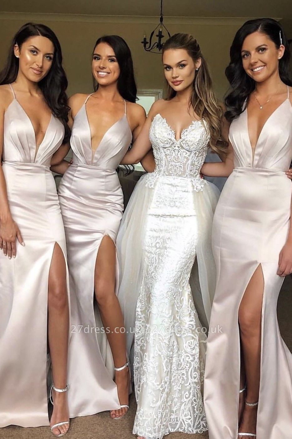 Elegant Slit Spaghetti Straps Bridesmaid Dress UK Affordable   Column Sleeveless V-neck Maid of Honor Dress UK