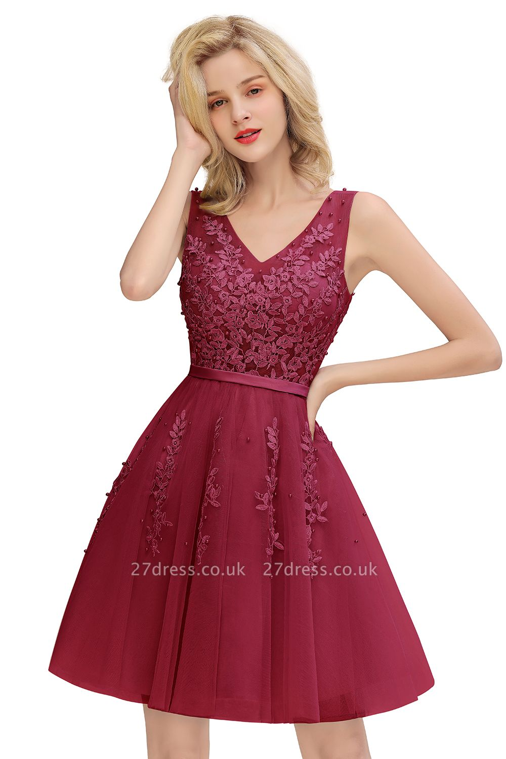 V-neck Lace Homecoming Dresses with Appliques | Cheap Short Party Dresses UK Online