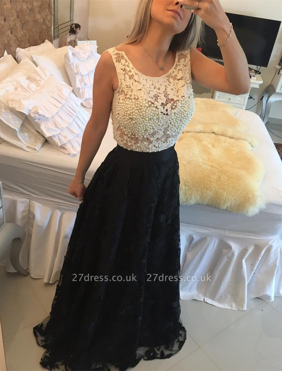 Gorgeous Sleeveless Lace Pearls Prom Dress UKes UK Long Party Gowns BT0