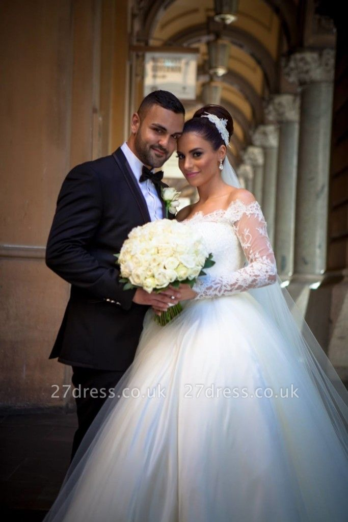 Elegant Off-the-shoulder Lace Ball Gown Wedding Dress Tulle Button Back