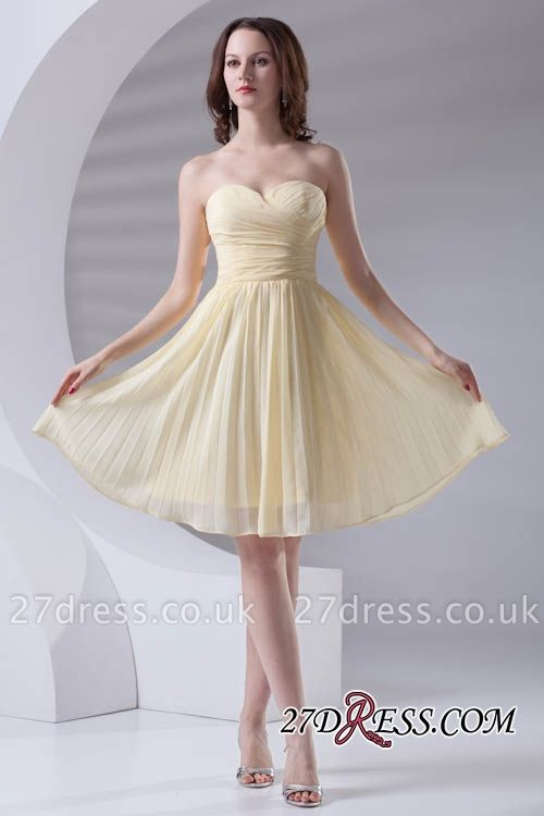 Short A-line Sleeveless Ruffles Sweetheart Newest Bridesmaid Dress UK
