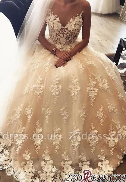 Exquisite Sweep-Train A-Line Appliques Lace Sweetheart 3D-Floral Wedding Dress