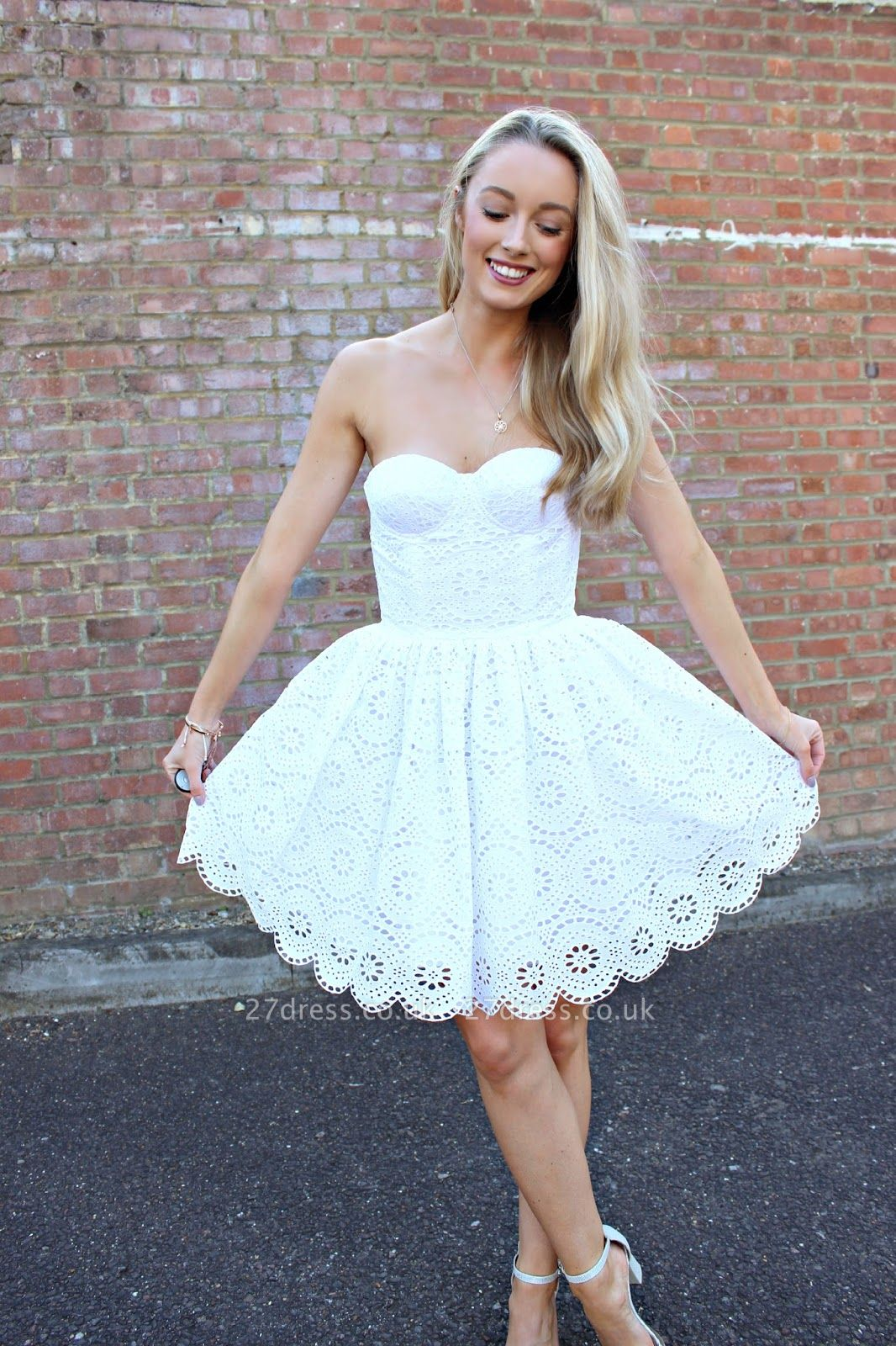 Sexy White Lace Short Homecoming Dress UK On Sale
