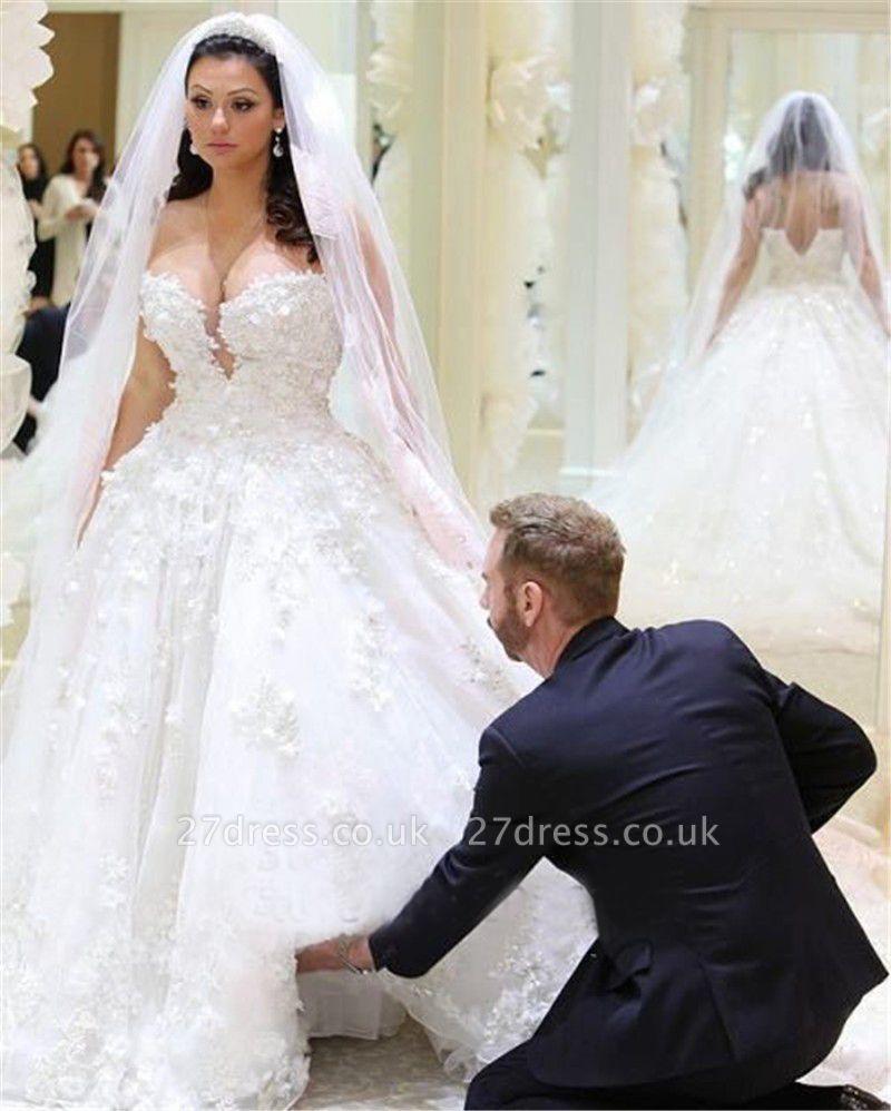 Elegant V-neck Sleeveless Ball Gown Wedding Dress Appliques