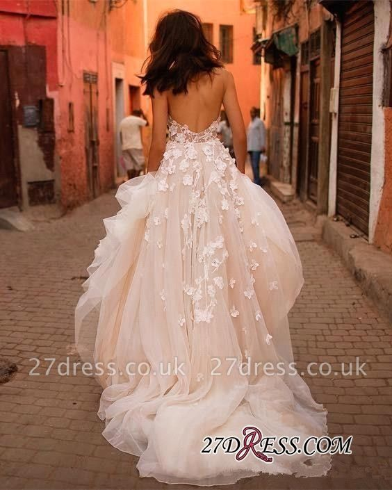 V-Neck Tulle Sleeveless Flowers Glamorous Wedding Dress