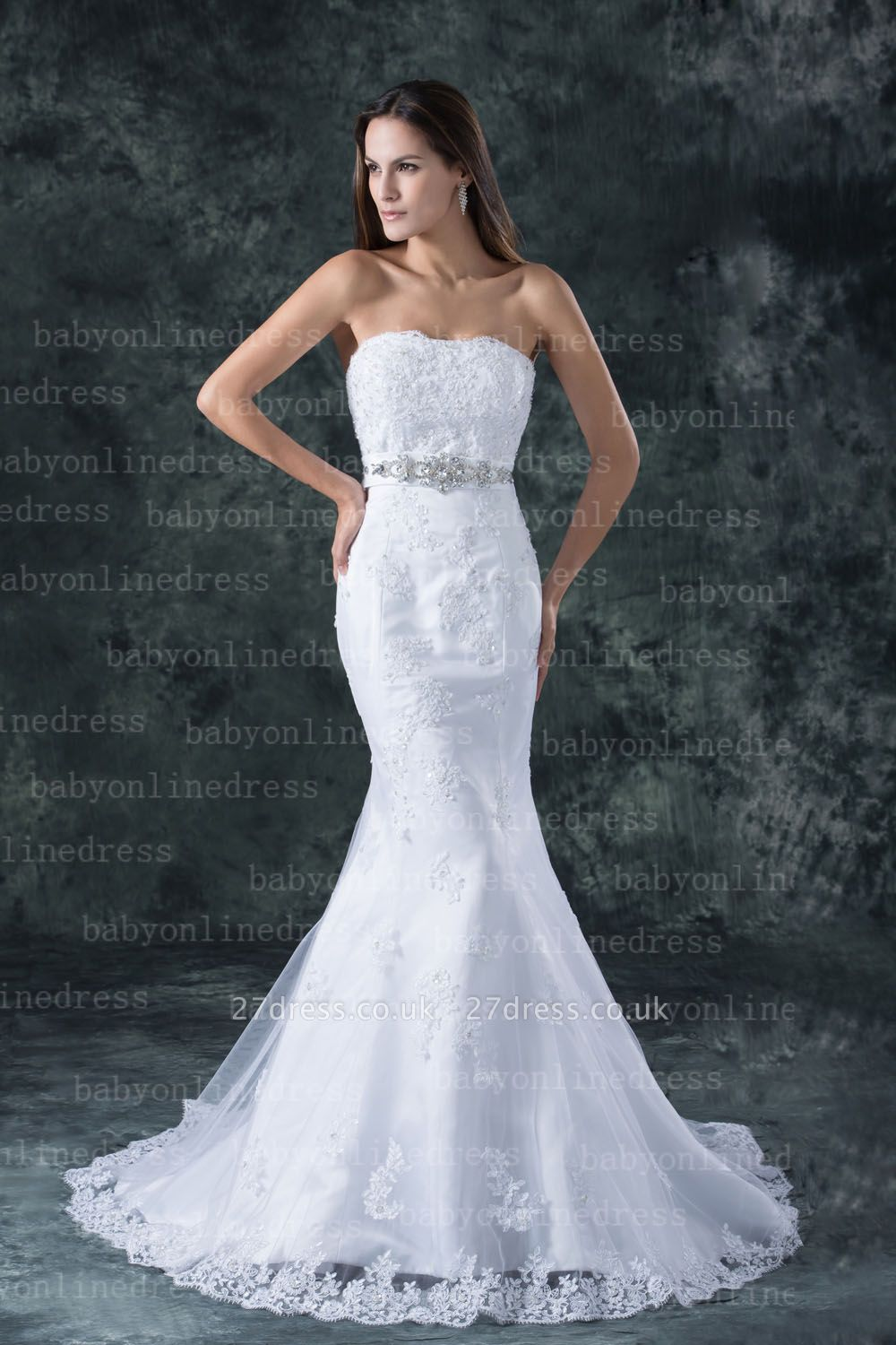 Lace White Beach Wedding Dresses UK Elegent Sexy Mermaid/trumpet Strapless Court Train Lace Beaded Up