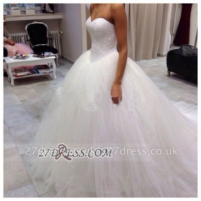Elegant Sweetheart Sleeveless Tulle Wedding Dress Beadss Ball Gown Bridal Gowns