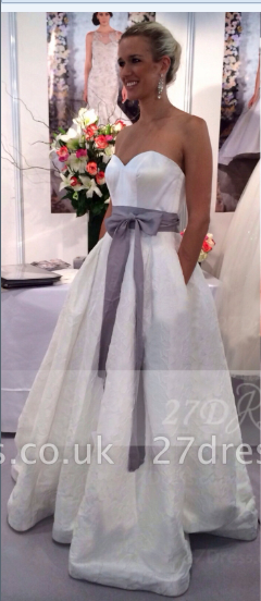 Satin White Ball Gown Wedding Dresses UK with Sweetheart Sleeveless Bow Sash Zipper Floor-length Simple Bridal Go