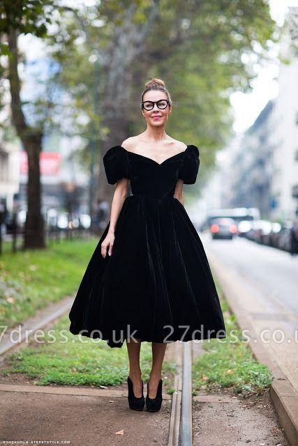 Modern Off-the-shoulder Black Princess Prom Dress UK Zipper Tea-length