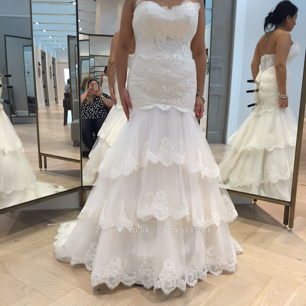 Chic Tulle Lace Sexy Mermaid Tiered Wedding Dress Zipper
