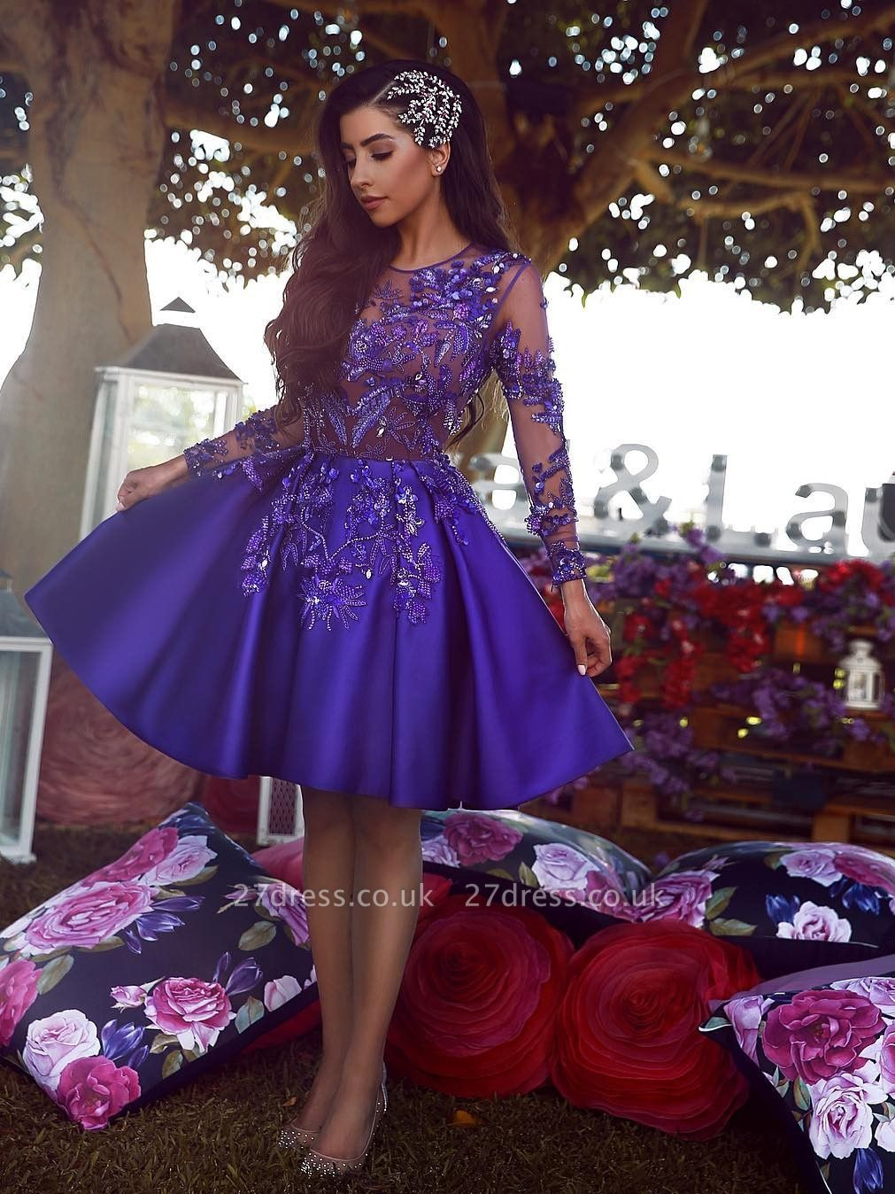 Sexy A-Line Scoop Homecoming Dress UKes UK | Long Sleeves Appliques Short Cocktail Dress UKes UK