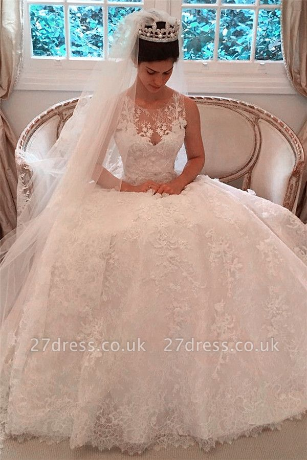 Pretty Sleeveless Appliques Wedding Dress Ball Gown Tulle Sleeveless