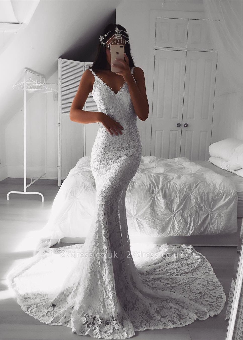 Modern Lace V-neck White  Sexy Mermaid Wedding Dress | Discount Bridal Gown