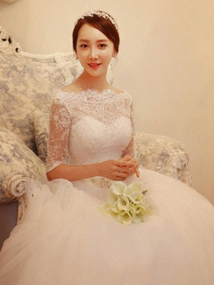 Tulle Ball Gown Beads Off-the-Shoulder 1/2 Sleeves Wedding Dresses UK_4