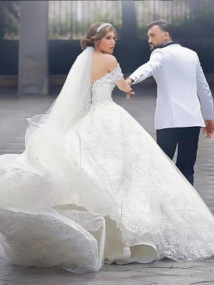 Lace Court Train Ball Gown Short Sleeves Tulle Off-the-Shoulder Wedding Dresses UK_3