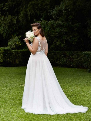 Sleeveless A-Line Court Train Lace Tulle Cheap Scoop Neckline Wedding Dresses UK_3