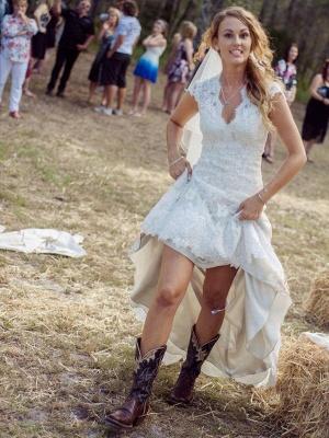 Applique Sheath Short Sleeves Court Train Lace V-neck Wedding Dresses UK_1