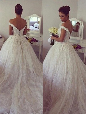 Off-the-Shoulder Court Train Ball Gown Lace Sleeveless Wedding Dresses UK_1