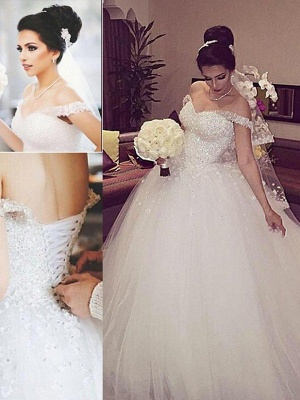 Sleeveless Ball Gown Lace Court Train Tulle Cheap Off-the-Shoulder Wedding Dresses UK_2