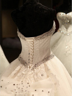 Sleeveless Applique Sequin Sweetheart Ball Gown Cathedral Train Tulle Wedding Dresses UK_5