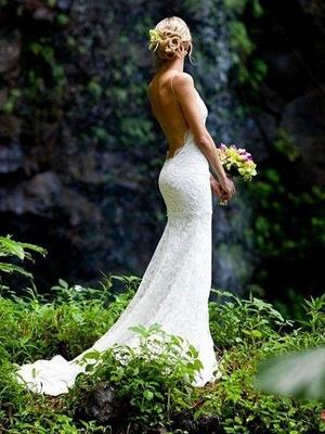Court Train Sheath Spaghetti Straps Lace Sleeveless V-neck Wedding Dresses UK_1