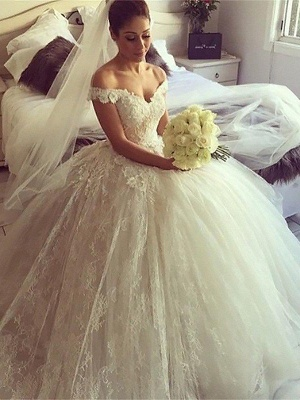 Off-the-Shoulder Court Train Ball Gown Lace Sleeveless Wedding Dresses UK_3