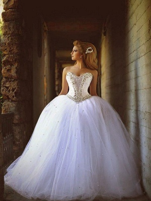 Court Train Beads Tulle Ball Gown Sweetheart Sleeveless Wedding Dresses UK_4