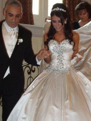 Cathedral Train Ruffles Ball Gown Sweetheart Taffeta Sleeveless Wedding Dresses UK_1
