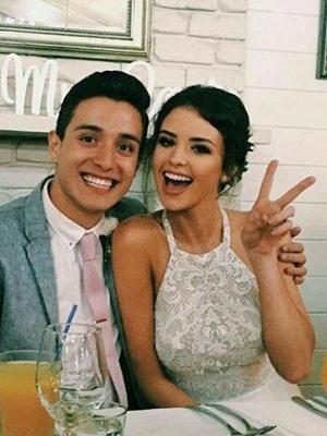 A-Line Lace Sleeveless Tulle Cheap Floor-Length Halter Wedding Dresses UK_3