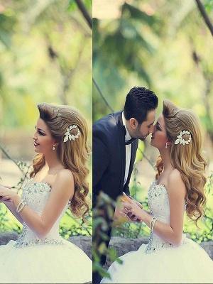 Court Train Beads Tulle Ball Gown Sweetheart Sleeveless Wedding Dresses UK_1