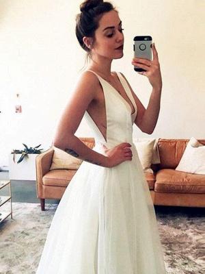 Sleeveless A-Line  V-Neck Ruched Tulle Sweep Train Wedding Dresses UK_1