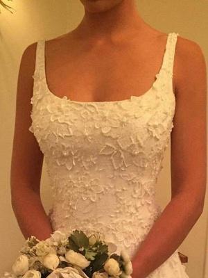 Court Train A-Line Straps Square Lace Applique Sleeveless Wedding Dresses UK_3