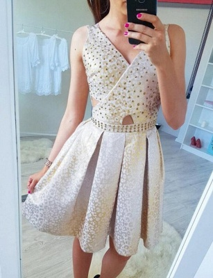 Stunning Sleeveless A-Line Beads V-Neck Short Prom Dress UK UK_3