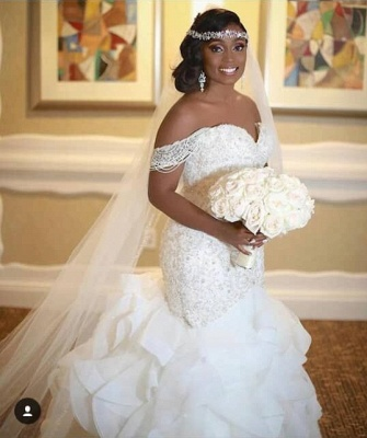 Elegant Off-the-Shoulder Appliques Sleeveless Sexy Mermaid Lace Wedding Dress_1