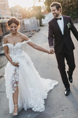Flowers Off-the-Shoulder Wedding Dresses UK | Appliques Sheer Sleeveless Floral Bridal Gowns_3