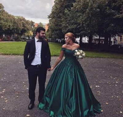 Vintage Appliques Off-the-shoulder Ball Gown Prom Dresses_3