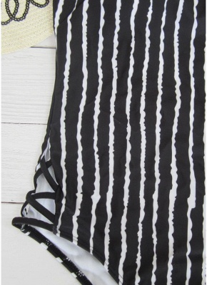 Striped Print V Neck Hollow Out Waist Cross Straps Padded Women Swimsuit_4
