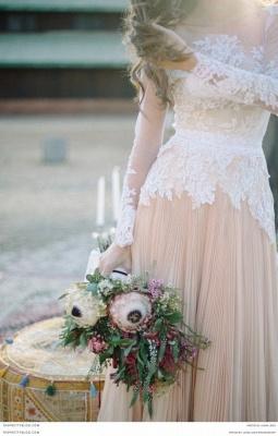Delicate  Lace Appliques Wedding Dress Long Sleeve_2