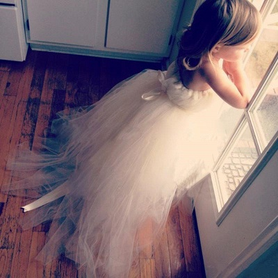 Lovely Tulle Princess Flower Girl Dress Lace-up Sweep Train_1