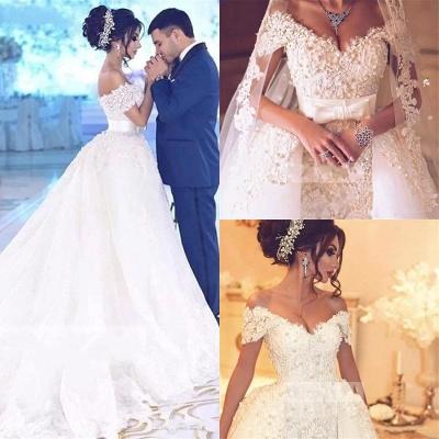 Elegant Off-the-Shoulder Wedding Dress With Lace Appliques On Sale_6