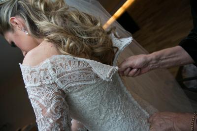 Noiva Train Ivory Long Sleeve Lace Wedding Dress Elegant Sweep Zipper Back Vestidos De Applique Wedding Dress_5
