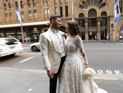 Pretty Lace Long Sleeve Princess Wedding Dresses UK Ball Gown With Appliques_5