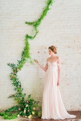 Elegant Off-the-shoulder A-line Wedding Dress  High Quality_4