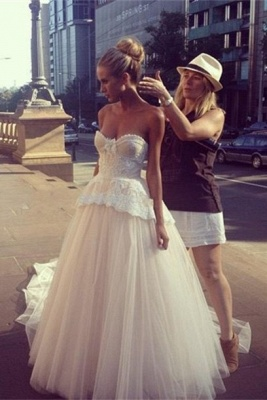 Gorgeous Tulle Sweetheart Wedding Dress Sleeveless Sweep Train_1