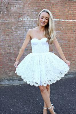 Sexy White Lace Short Homecoming Dress UK On Sale_1