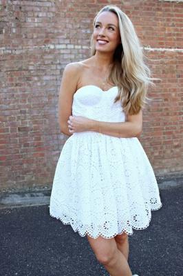 Sexy White Lace Short Homecoming Dress UK On Sale_3