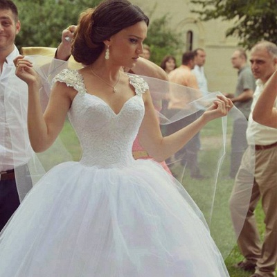 Delicate Sweetheart Sleeveless Tulle Wedding Dress Ball Gown_2