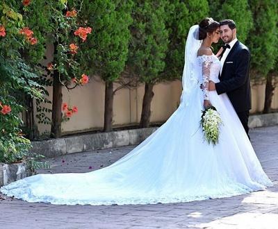 Delicate Off-the-shoulder Tulle Lace Appliques Wedding Dress Court Train_4
