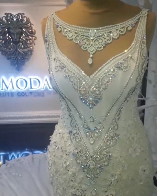 Glamorous Sexy Mermaid Sleeveless Wedding Dresses UK Floral Appliques Bridal Gowns with Crystals_3
