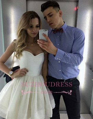 A-line White Sweetheart-neck Cute Short Homecoming Dress UK_1